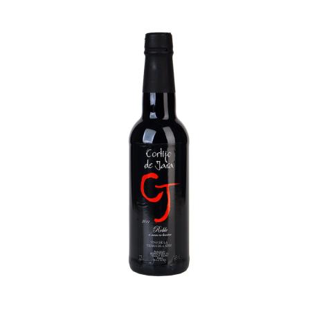 Roble.tinto Wein für sechs Monate in Fässern